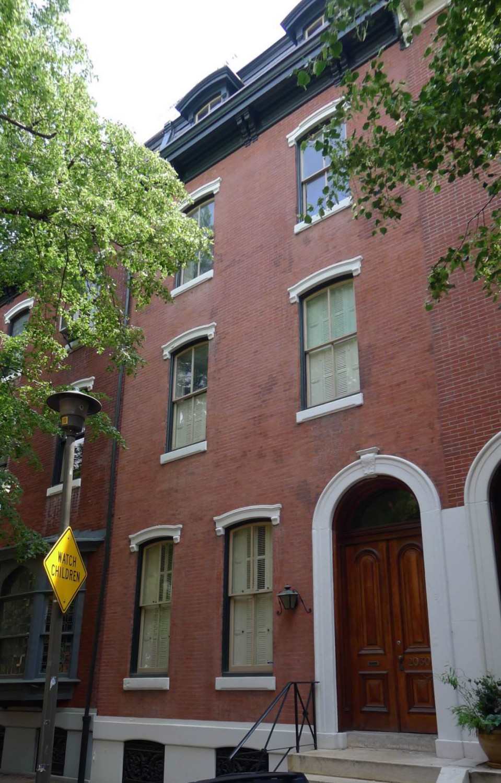 Delancey Street Townhouse